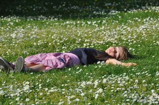 девочка упала в обморок