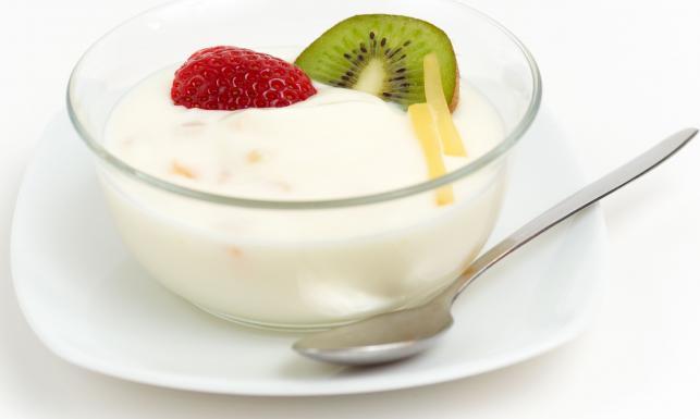 ребенку полезен йогурт