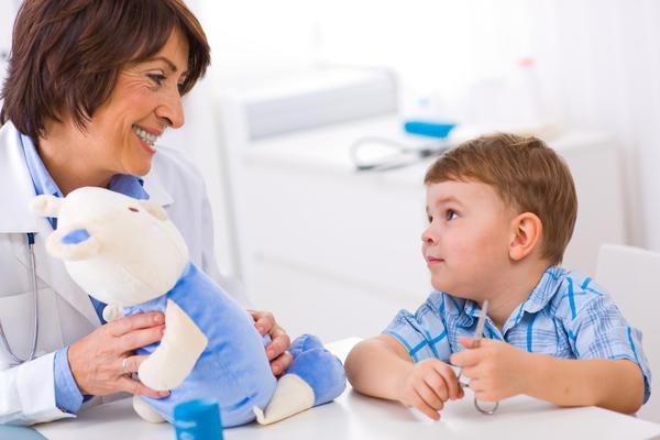 ребенок и доктор