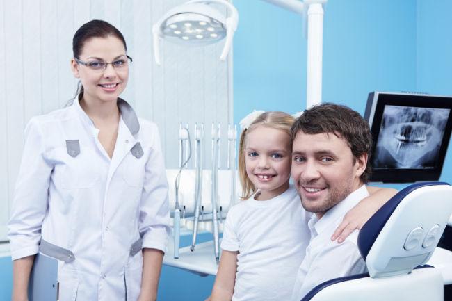 ребенку делают рентген зубов