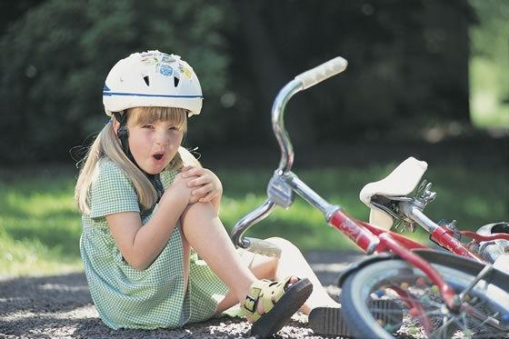ребенок упал с велосипеда