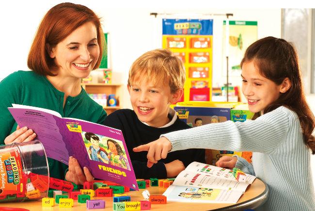 дети учат английский язык